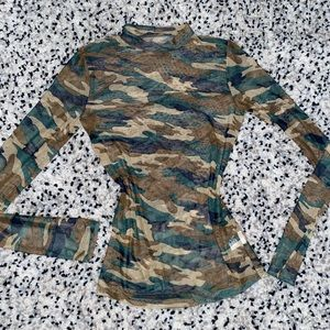 Tops - Fitted sheet army fatigues long sleeved shirt S